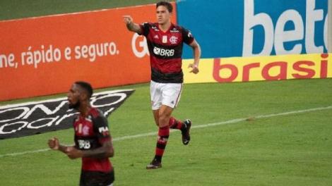 Pedro comemora após marcar para o Flamengo sobre o Goiás Alexandre Vidal/Flamengo