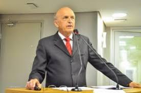 O Secretário de Estado da Saúde (SES), Geraldo Medeiros, comentou em entrevista nesta sexta-feira (15), que a única restrição absoluta para tomar a vacina contra a Covid-19 é quem está na vigência da doença