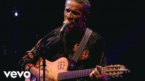 Zé Ramalho apresenta releitura roqueira do álbum solo que o revelou há 40 anos