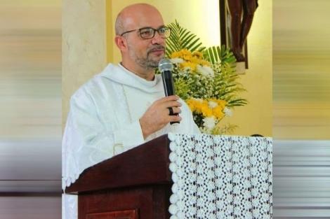 O Padre José Gilmar foi encontrado com vida, na tarde desta sexta-feira (16), no Conde, na mesma região onde foi achado o carro