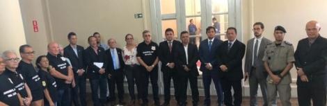 Governo João Azevêdo  pode enfrentar greve de Policiais civis e militares na Paraíba