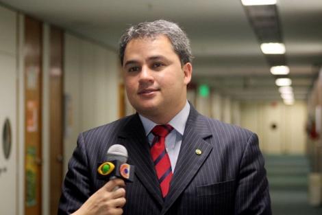 DELAÇÃO  -  Ivan Burity revela que entregou mala com R$ 2 milhões a Efraim Filho em apartamento funcional do deputado em Brasília