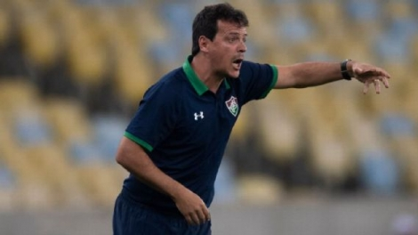O Fluminense recebeu o CSA neste domingo (18), no Maracanã, pela 15ª rodada do Campeonato Brasileiro e foi derrotado por 1 a 0, gol de Jonatan Gomez