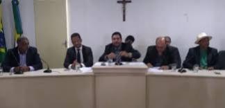 O presidente da Câmara Municipal do Conde, Carlos André de Oliveira, o Manga Rosa (MDB), assumiu na tarde desta quarta-feira (18) a Prefeitura do município interinamente