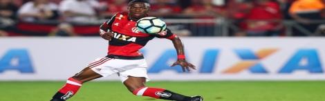 Vinícius Júnior decide, Flamengo bate por 2 a 0  Atlético-GO e faz as pazes com a vitória no Brasileiro