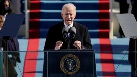 Biden discursa durante cerimônia de posse nos EUA. (Foto: Patrick Semansky/Reuters)