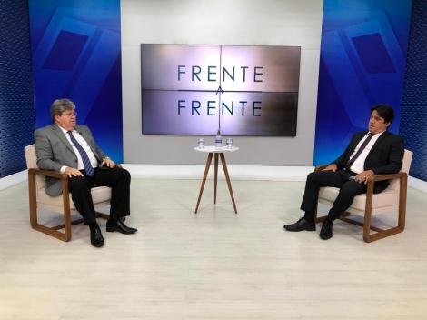 Governador João Azevêdo foi o entrevistado do programa Frente a Frente