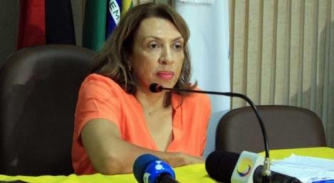 A deputada estadual Cida Ramos (PSB) não acredita que há razão para o afastamento dos secretários de Estado Waldson Souza (Planejamento) e Livânia Farias (Administração).
