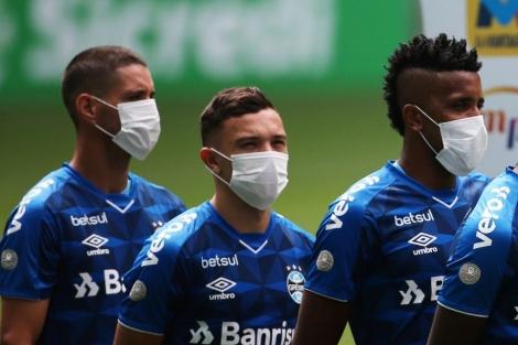 E mais um caso de coronavírus atingiu o Grêmio. Depois de um membro das categorias de base, Eduardo Fernandes, dar positivo para a COVID-19, agora foi a vez do vice-presidente Claudio Oderich.