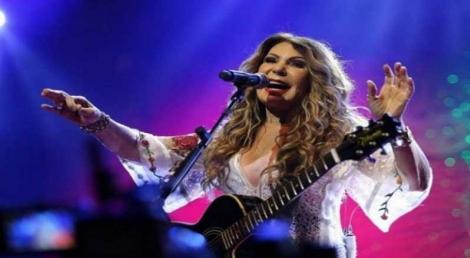 Romero anuncia gravação de DVD de Elba no Maior São João do Mundo