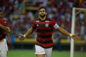 Na estreia de Arrascaeta e Gabigol, Flamengo só empata com Resende em Volta Redonda