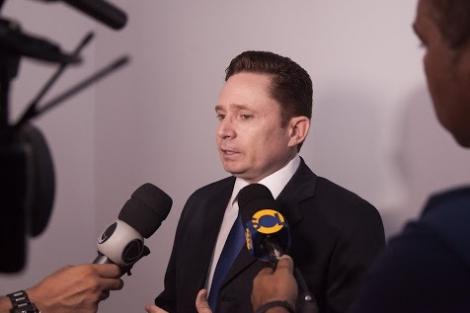 Sales Júnior protocolou renúncia na Câmara Municipal (Foto: Divulgação / Assessoria)