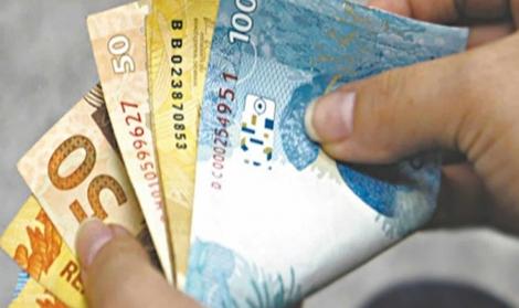 DINHEIRO GARANTIDO  -   Estado paga salários de novembro dos servidores nos dias 27 e 30