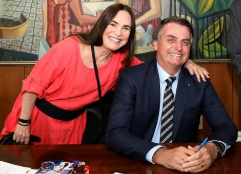 A atriz Regina Duarte será a nova secretária de Cultura do governo Bolsonaro (Crédito: Brazilian Presidency/AFP)