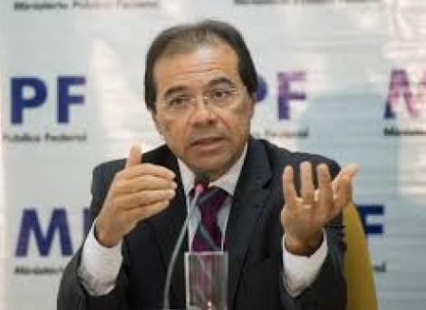 Nicolao Dino lidera lista tríplice para suceder Rodrigo Janot; paraibano é excluído