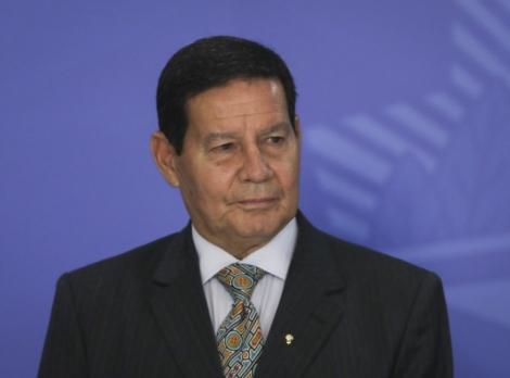 Foi aprovado nesta terça-feira (29), na Assembleia Legislativa da Paraíba (ALPB), o título de cidadão paraibano para o vice-presidente da República, Hamilton Mourão (PRTB)