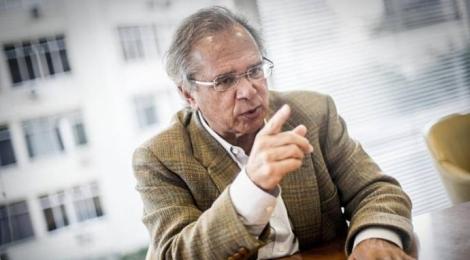 Paulo Guedes deu a informação em uma entrevista coletiva após participar de uma reunião no Rio de Janeiro com o presidente eleito, Jair Bolsonaro