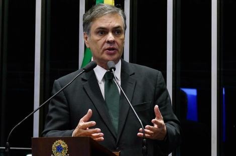 O ex-senador Cássio Cunha Lima postou, na última quinta-feira (29), um vídeo em sua conta no Instagram