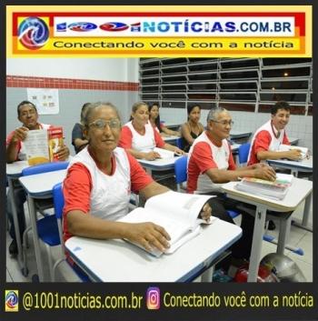 EJA é uma modalidade de ensino destinada aos jovens, adultos e idosos que não tiveram acesso à educação (Foto: Secom-PMJP/Arquivo)
