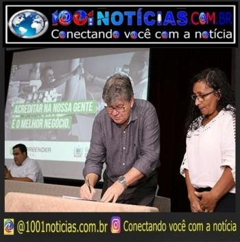 Governador João Azevedo em solenidade recente do Empreender PB - Foto: divulgação/Assessoria